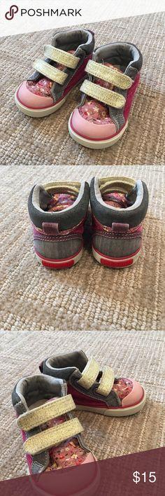 See Kai Run baby girl size 5 sneaker Gently used See Kai Run walker sneakers See Kai Run Shoes Baby & Walker