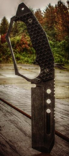 The Juggernaut, Tactical Fixed Blade