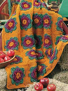 Pretty Blooms Afghan by Carol Smith