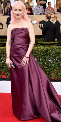 See All the Celebrity Looks from the 2017 SAG Awards Red Carpet - Taryn Manning from InStyle.com