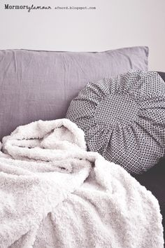Rund kudde på 15 minuter/ Make a round pillow in 15 minutes