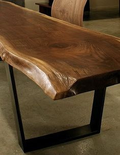 ridiculous dining table of awesomeness