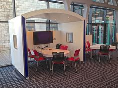 The University of Derby / Learning Space Design / 0844 556 7444 / Design and implementation of effective learning environments
