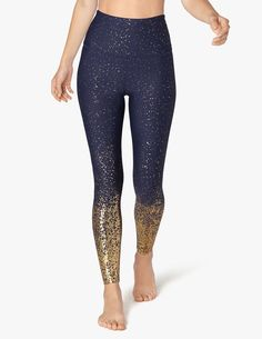 b7a2978eee9e6c Alloy Ombre High Waisted Midi Legging | Beyond Yoga Yoga Leggings, Navy  Leggings, Yoga