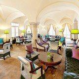 """SCHLOSSHOTEL VELDEN   VELDEN AM WÖRTHSEE    KÄRNTEN   AUSTRIA   5*   Majestätisch: das 5-Sterne-Hotel """"Schloss Velden"""" an der Seepromenade"""