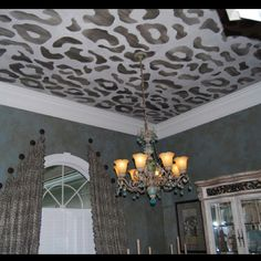 Leopard ceiling, yes!