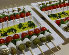 Servicio de catering Vintage Tea Parties, Sandwich Bar, Food Stands, Baby Shower Brunch, Party Trays, Easy Delicious Recipes, Food Decoration, Appetizers For Party, Coffee Break