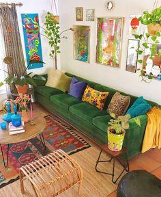 Home Living Room, Living Room Decor, Bedroom Decor, Apartment Living, Deco Retro, Colourful Living Room, Bohemian House, Modern Bohemian, Bohemian Decor