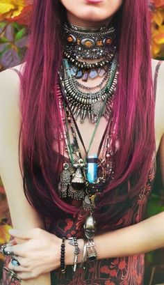 i love all the layered and chunky jewelry #purple #hair