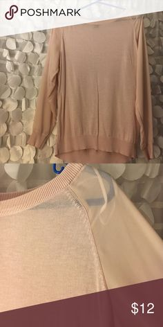 H&M sweater! Worn few times! Lightweight pullover sweater with slightly sheer arms. In great condition. H&M Sweaters Crew & Scoop Necks