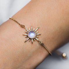 Cute Jewelry, Jewelry Accessories, Jewelry Design, Jewlery, Jewelry Box, Jewelry Scale, Jewelry Making, Jewelry Armoire, Jewelry Ideas