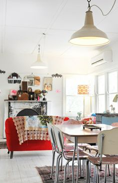 design is mine : isn't it lovely?: INTERIOR INSPIRATION : SEEING RED.