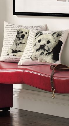 Here's an easy way to retrieve a compliment – toss our handsome Labrador Heritage Throw Pillow onto your seating.