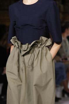 Stella McCartney Spring 2017 Ready-to-Wear Accessories Photos - Vogue