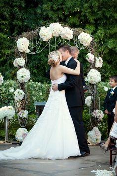 Eye-Catching Wedding Arbor Ideas   Weddingbells