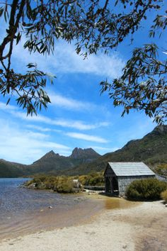 Australia Travel Inspiration - Walk around Cradle Mountain in Tasmania, Australia The Places Youll Go, Cool Places To Visit, Great Places, Places To Travel, Vacation Places, Vacations, Western Australia, Australia Travel, Queensland Australia
