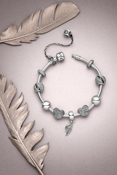 Feather perfection! Linked not only to birds, but also to angels, a graceful set of wings carry a subtle yet powerful message. Wings are a sign of protection but they also signify hope, aspiration and freedom. #PANDORA #PANDORAbracelet