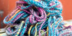 How much yarn do I need for weaving projects, and how do I calculate it? Does my choice of weaving yarn make a difference?