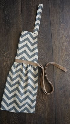 womens chevron patterned full apron. $23.00, via Etsy.
