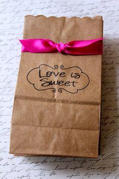 Candy+in+Weddings+-+Candy+Buffet+Dessert+Table+Paper+Bag.jpg 554×831 pixels