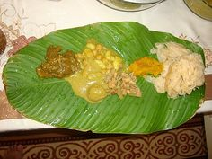 Growing up in Trinidad all food served at weddings and prays were served on banana leafs. Easy Clean up! Carribean Food, Caribbean Recipes, Trinidad Culture, Indian Food Recipes, Vegetarian Recipes, Healthy Recipes, Trinidad Recipes, Trini Food, Veggie Delight