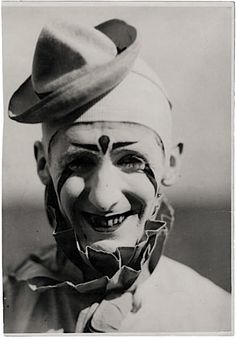 Lawrence Swalley, clown, Hagenbeck-Wallace, photo courtesy of Gregg K. Old Circus, Circus Show, Circus Acts, Night Circus, Vintage Clown, Send In The Clowns, Clowning Around, Creepy Clown, Joker