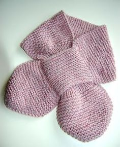 En klassiker – med opskrift! – Hvadbiertaenker Knitting For Kids, Knitting For Beginners, Crochet For Kids, Knitting Projects, Crochet Baby, Knit Crochet, Crochet Poncho Patterns, Dress Sewing Patterns, Baby Knitting Patterns
