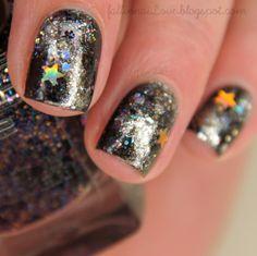 p2 Lost In Glitter: Galaxy nails.