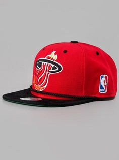 f6c72a41bd8 Mitchell   Ness Miami Heat NBA Viscord Red Miami Heat