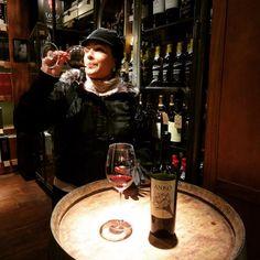 Se voce quer conhecer os Merlots argentinos ou simplesmente ter momentos incríveis faça o TOUR DE VINHO em Bue, adoramos a nova forma de conhecer bares e do Tour. Ja ja posto todas as info la no blog.