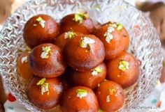 Step for Recipe - Easy Indian Gulab Jamun with Milk Powder Indian Dessert Recipes, Indian Sweets, Sweets Recipes, Ethnic Recipes, Diwali Recipes, Indian Recipes, Easy Gulab Jamun Recipe, Milk Powder Recipe, Diwali Food