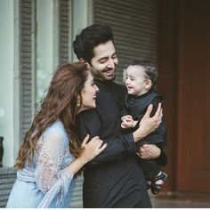 Image may contain: 3 people, wedding and beard Cute Family, Family Goals, Beautiful Family, Happy Family, Beautiful People, Beautiful Pictures, Wedding Couples, Cute Couples, Wedding Ideas