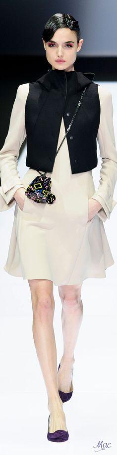 Fall 2016 Ready-to-Wear Emporio Armani