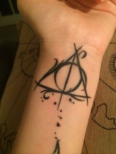25+ best ideas about Deathly Hallows Tattoo on Pinterest | Deathly ...