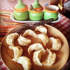 मम Nepali Momos (aka chicken dumplings)