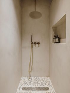 Bad Inspiration, Bathroom Inspiration, Rustic Loft, Home Design Plans, Bathroom Interior Design, Bathroom Designs, Bathroom Trends, Bathroom Renovations, Remodel Bathroom