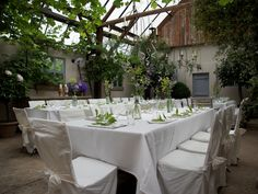 Ready for dinner in the orangerie from Domaine d'Heerstaayen