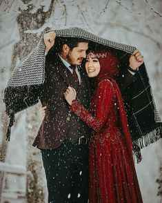 "Find and save images from the ""Muslim Couple 👫💑"" collection by Muslim Girl on We Heart It, your everyday app to get lost in what you love. Couples Musulmans, Cute Muslim Couples, Couples Images, Muslim Girls, Cute Couples Goals, Romantic Couples, Muslim Women, Muslim Wedding Dresses, Muslim Brides"