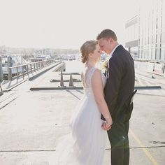 Auckland waterfront wedding at Mantells on the Water #jelphotography #aucklandphotographer alternative wedding photographer