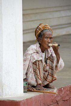 Bagan - Myanmar - An Elderly Indulgence