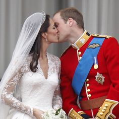 Prince William & Kate Middleton Mark Anniversary: A Look Back at Their Royal Wedding William Kate, Prince William And Catherine, William Arthur, Royal Wedding 2011, Royal Weddings, Princess Kate, Princess Katherine, Real Princess, Princess Eugenie