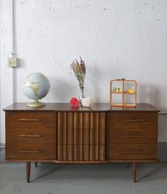 Beautiful MCM Credenza/Dresser | Chicago Listings | Pinterest ...