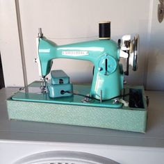 Vintage Turquoise Sewing Machine Precision Sewing Machine with Case and…