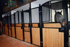 Front Do Boksu Dla Koni Sztokholm Www Bramyzielinski Pl Locker Storage Barn Lockers