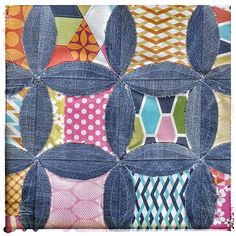 Werkelei: Upcycled Denim Circle Rag Bag Recycled Art, Amazing Ideas, Sewing Ideas, Upcycle, Recycling, Quilting, Crafty, Denim, My Style