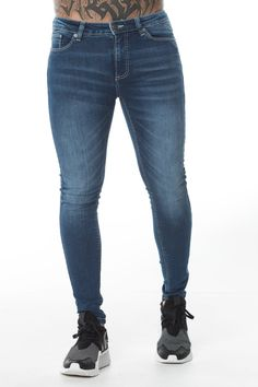 Skinny Fit Jeans Mens, Tight Jeans Men, Super Skinny Jeans, Sport Fashion, High Fashion, Stretch Denim, Blue Jeans, Men's Jeans, Urban
