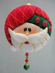 Resultado de imagen para mogollas de icopor Quilted Christmas Ornaments, Felt Christmas Decorations, Fabric Ornaments, Christmas Sewing, Primitive Christmas, Felt Ornaments, Christmas Projects, Holiday Crafts, Christmas Holidays