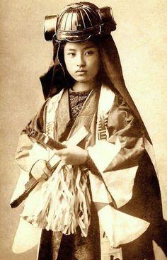 Japan samurai women4