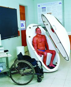 Paraplegic patient with wheelchair measuring its body composition inside the BOD POD | Flickr – Condivisione di foto!