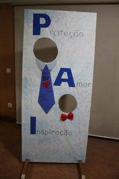 Mural para Dia dos Pais na Escola Diy And Crafts, Crafts For Kids, Paper Crafts, Hubby Birthday, Daddy Day, Cute Letters, Mothers Day Crafts, Heart Cards, Preschool Crafts